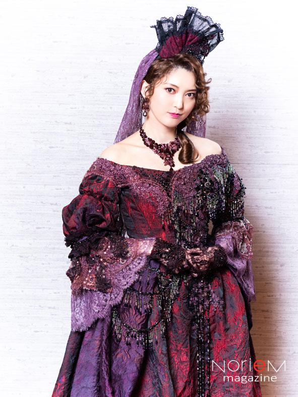 """笑う男』ジョシアナ公爵役・朝夏まなとさんにインタビュー!!""""何の役が ..."""